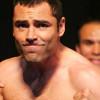 Shaq Fights Oscar De La Hoya…And Wins