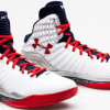 Stephen Curry Previews Under Armour Clutchfit Drive Series