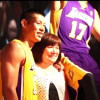 VIDEO: Jeremy Lin Pranks Fans by Pretending to be a Wax Statue