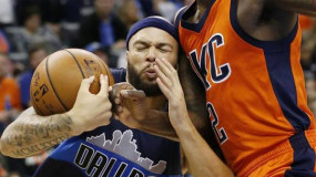 Watch: Deron Williams Blows Past Russell Westbrook For First Dunk Since 2013