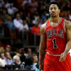 Derrick Rose Feels Pain in Right Knee, Will Undergo MRI