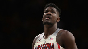 DeAndre Ayton Wasted Little Time Declaring for NBA Draft After Arizona's Loss to Buffalo
