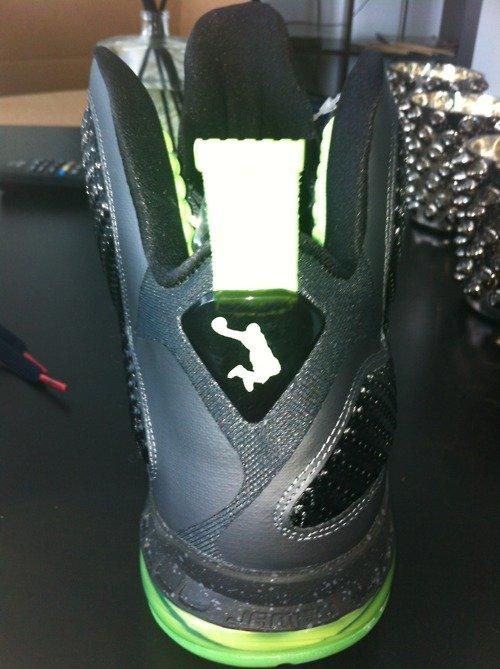 competitive price 30628 e67d4 Nike LeBron 9 - 'Dunkman' & 'Griffey'