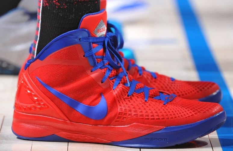 best sneakers c4f21 7ffc3 Nike Zoom Hyperdunk 2011 Supreme –  Galaxy Blake Griffin PE