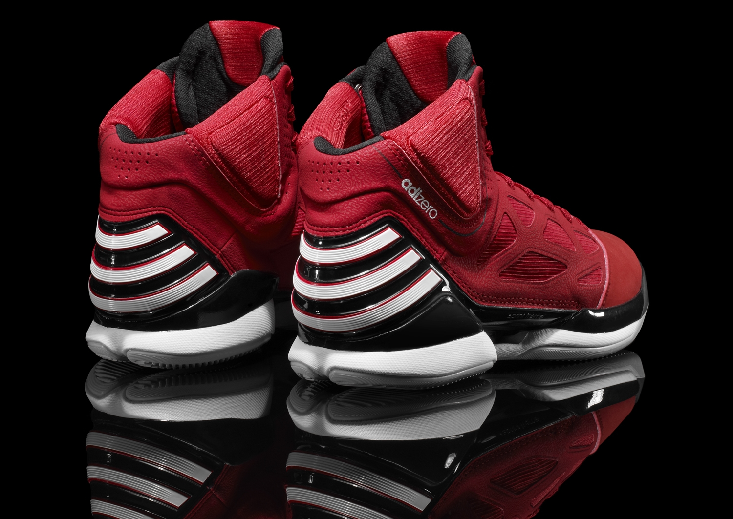 2fde74355d35 Derrick Rose Debuts the adidas adiZero Rose 2.5 –  Brenda  Against Knicks