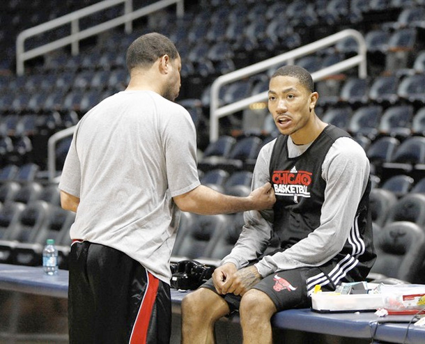 803a772f5722 Chicago Bulls Derrick Rose is Doing 5 on 5 Drills in Practice