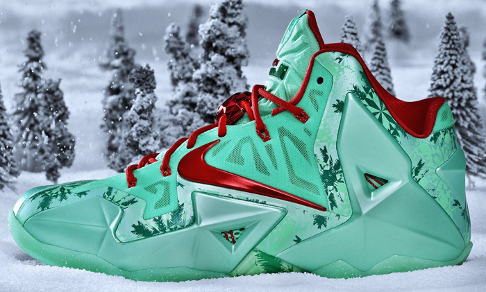 0bcb4902281e Nike Basketball - 2013  Christmas  Sneakers Pack