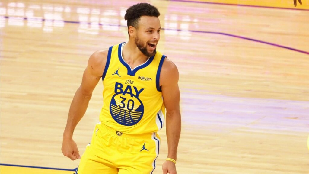 Curry 62 Points Flow Like Water